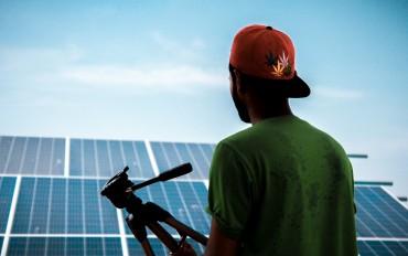 alternative-alternative-energy-electricity-1254997-370x232.jpg